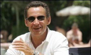 """Le PS a qualifié lundi d'""""échec"""" la tournée de Nicolas Sarkozy dans trois pays africains pour défendre ce qu'il appelle """"l'immigration choisie"""", soulignant """"l'hostilité affichée"""" des dirigeants rencontrés à ce concept."""