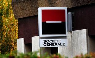 Une banque de la Société générale en Isère, le 7 novembre 2020.