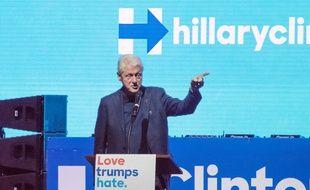 Bill Clinton sur le campus de l'UNLV à Las Vegas, le 3 novembre 2016.