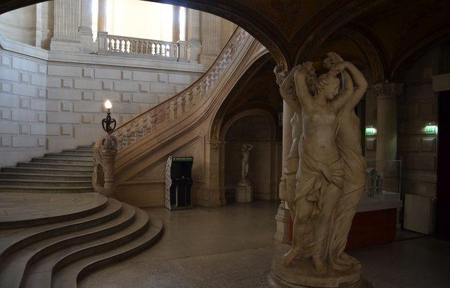 La véritable statue des Trois-Grâces à l'Opéra Comédie à Montpellier