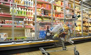 Chariot de supermarché. Image d'illustration.