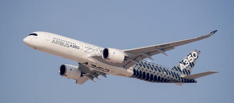 Un A350-900 d'Airbus lors d'un vol d'essai. (Illustration)