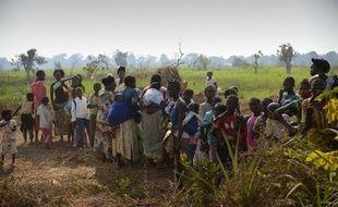 L'organisation internationale pour les migrations (OIM) a décidé d'organiser un pont aérien pour évacuer de Centrafrique des milliers de civils venus de plusieurs pays africains voisins.