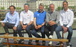 Gautier, Beyou, Eliès, Desjoyeaux et Le Cléac'h (de gauche à droite).
