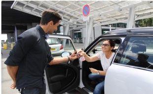 Nouvel acteur, Blue valet récupère votre voiture devant les portes de l'aéroport Nantes-Atlantique