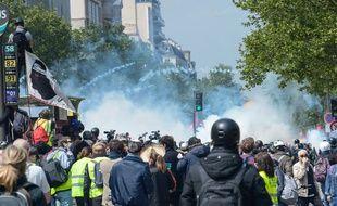Pendant la manifestation du 1er-Mai à Paris.