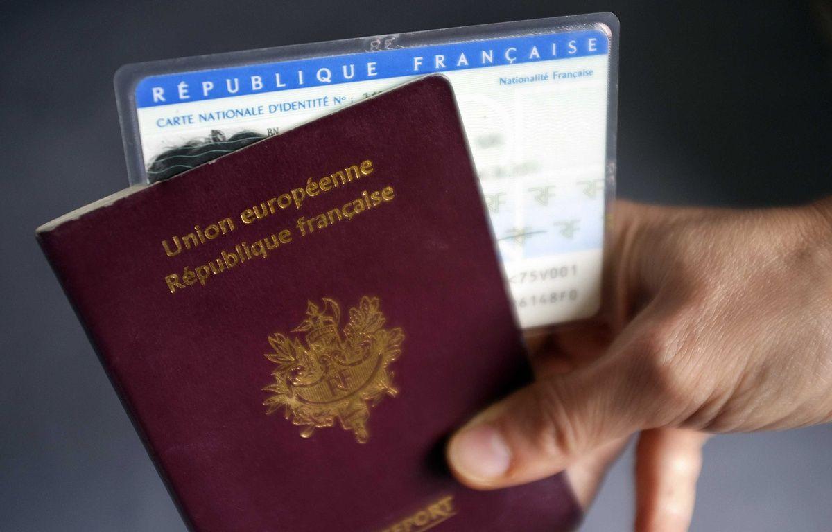 La filière d'immigration clandestine permettait à des Comoriens d'obtenir un passeport ou une carte d'identité française. Illustration. – F. Lodi / Sipa