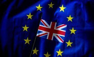 Treize prix Nobel britanniques ont mis en garde contre un Brexit qui mettrait la recherche scientifique du Royaume-Uni «en péril».
