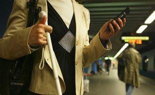 A partir du 1er juin, les malvoyants pourront entendre les messages des panneaux d'information qui annoncent l'arrivée des rames sur les quais du métro.