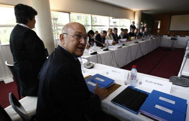 Michel Sapin, le minitre du Travail, lors de la conférence sociale du 9 juillet 2012.