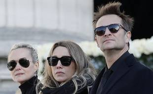 Laeticia Hallyday, David Hallyday et Laura Smet lors de l'hommage à Johnny Hallyday 2017. AFP PHOTO / POOL / Yoan VALAT