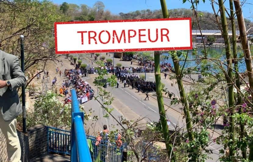 Cette photo montre-t-elle vraiment la foule qui a accueilli Macron à Mayotte ?