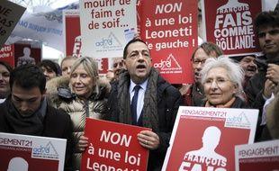 Jean-Luc Romero lors d'un rassemblement pour le droit à mourir dans la dignité, le 12 décembre 2014, à Paris.