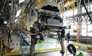 Chaîne de montage à l'usine Renault de Sandouville