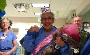 Florence 'SeeSee' Rigney, 90 ans et plus vieille infirmière américaine.