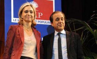 Roger Karoutchi et Valérie Pécresse, lors du premier débat contradictoire des primaires UMP pour le élections régionales, début 2009.