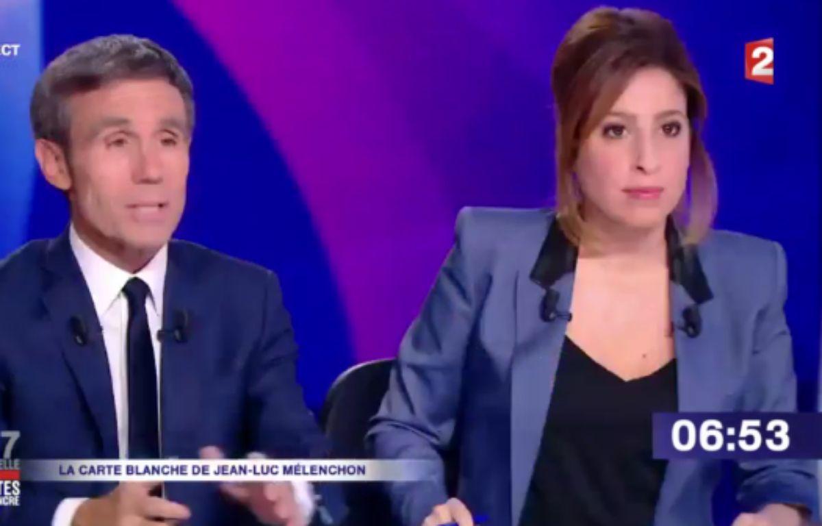 David Pujadas et Léa Salamé présentent « 15 minutes pour convaincre », le dernier grand rendez-vous des onze candidats avant l'élection, le 20 avril 2017. – Capture d'écran / France 2