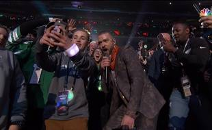 Ryan, le « Selfie Kid », et Justin Timberlake au Super Bowl