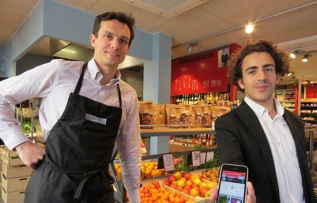Alexandre Bellange, cofondateur d'Optimiam, aux côtés de Mathieu Mulliez, gérant de l'épicerie parisienne La Récolte, le 23 juin 2016 à Paris