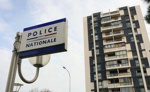 Illustration d'un commissariat de police, dans le quartier de Bagatelle.