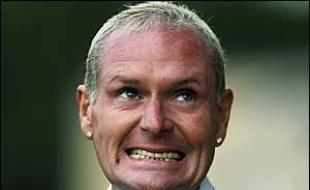 L'ancien footballeur anglais Paul Gascoigne, dit «Gazza», a toujours été hors-norme... Du coup, il se chope un ulcère...