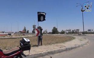 Le 18 mai dernier à Ramadi, le groupe terroriste Daesh venait de prendre le contrôle de la ville.