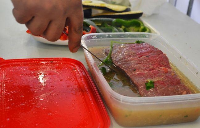 Une marinade, indispensable avant de cuire une viande au barbecue.