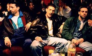 En 1993, IAM sort son tube Je danse le Mia