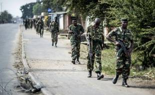 Des militaires le 1er juillet 2015 dans la banlieue de Bujumbura