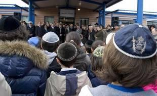 """Un samedi à Marseille, un jeune en kippa est agressé par un groupe qui vocifère: """"Vive Mohamed Merah, nique les juifs..."""" La tuerie de Toulouse est devenue une référence pour des antisémites """"de plus en plus décomplexés""""."""