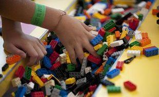 Les célèbres briques colorées des jeux de construction de la marque Lego