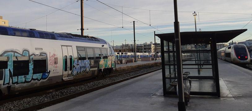Un TER en gare de Marseille, début 2019 (photo d'illustration).