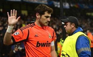 Iker Casillas, mis sur le banc par José Mourinho contre Malaga.