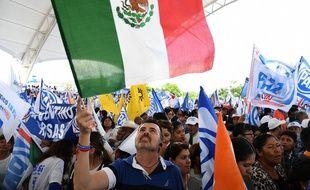 Des supporters de la campagne présidentielle à Mexico, le 28 juin 2018.