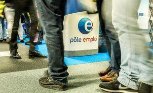 L'inscription en ligne à Pôle emploi sera possible en septembre 2015