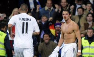 Cristiano Ronaldo célèbre un but en Liga espagnole le 5 décembre 2009