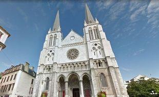 Une des rencontres est organisée dans la paroisse Saint-Jacques de Pau.