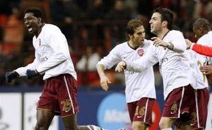 La grosse surprise de la soirée est venue de l'élimination de l'AC Milan, tenant du titre, vaincu chez lui, face à Arsenal (2 à 0, 0-0 à l'aller).