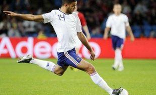 Hatem Ben Arfa qui n'avait plus joué avec les Bleus depuis août 2010, remis de graves blessures et porté par ses exploits à Newcastle, a été logiquement retenu mercredi par Laurent Blanc dans sa pré-liste des joueurs évoluant à l'étranger pour l'Euro-2012.