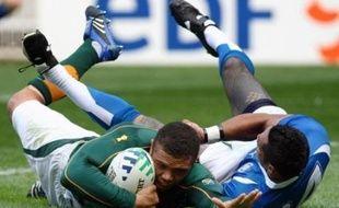 L'Afrique du Sud, archi-dominatrice en conquête, a réussi son test physique face aux rugueux Samoans, qui ont tenu une mi-temps avant d'être submergés par la puissance des Springboks (59-7), dimanche au Parc des Princes dans la poule A de la Coupe du monde de rugby.
