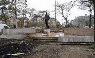 La statue du maréchal Juin, place d'Italie, à Paris, a été dégradée le 16 novembre, lors de la manifestation des