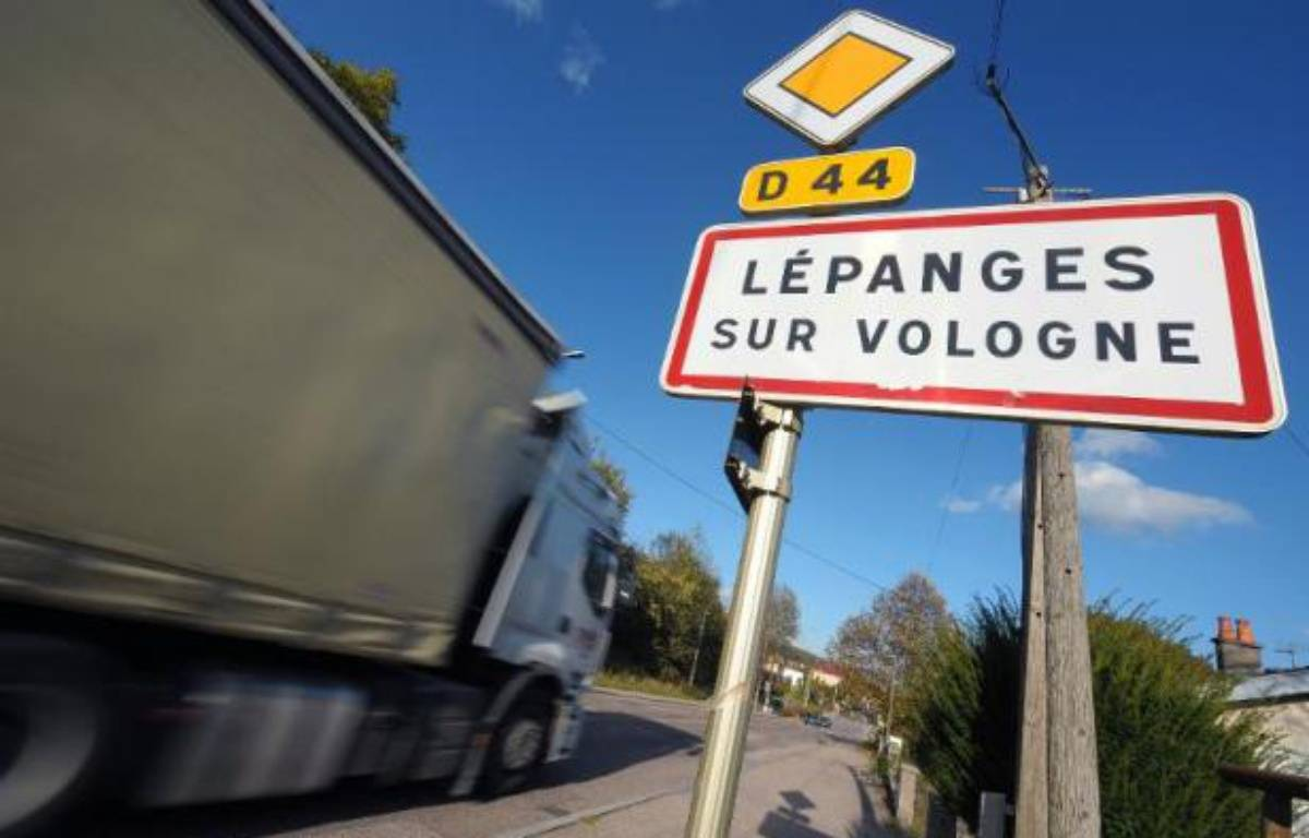 L'entrée du village de Lepanges-sur-Vologne où le corps du jeune Grégory Villemin avait été retrouvé en 1984 – Frederick Florin AFP