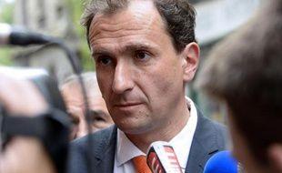 Les parlementaires socialistes se retrouvent lundi à Bordeaux, à quelques mois d'échéances électorales, alors que les demandes d'un geste du gouvernement pour le pouvoir d'achat s'intensifient parmi les députés PS et que des sénateurs PS s'arc-boutent contre le non cumul des mandats.