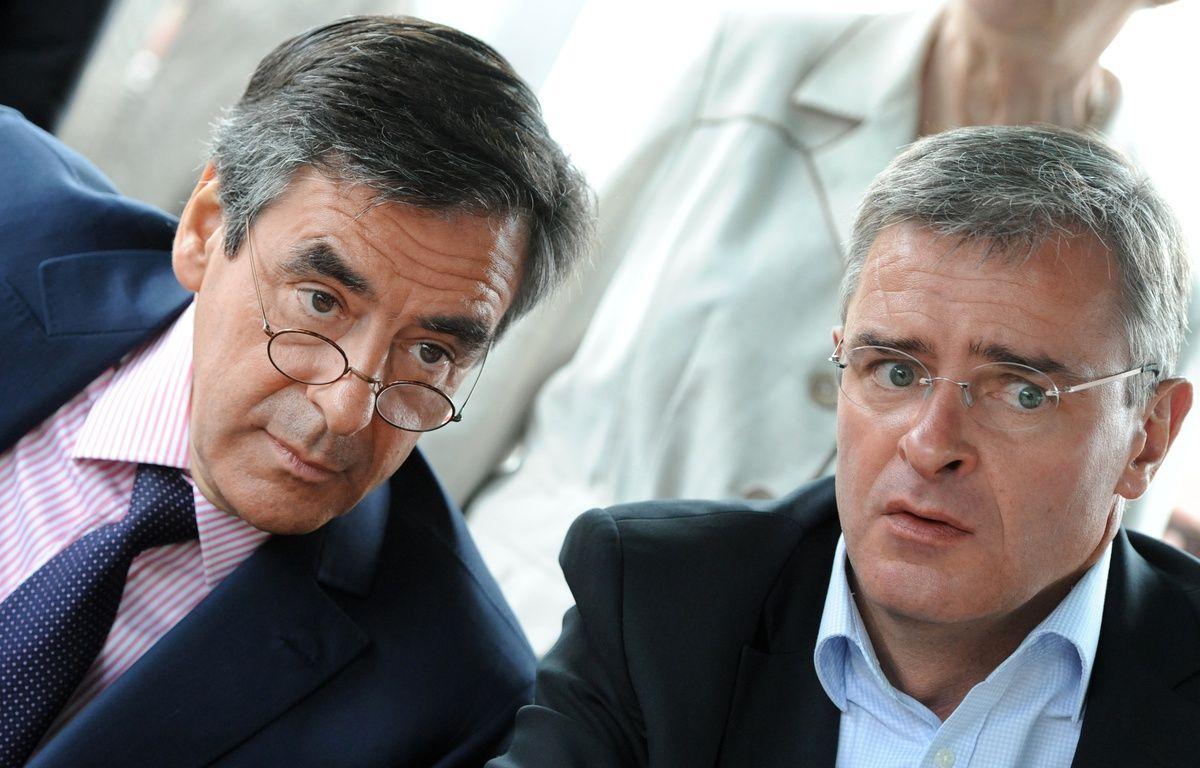 François Fillon et Marc Joulaud à La Suze-sur-Sarthe, le 4 juin 2012. – JEAN-FRANCOIS MONIER / AFP