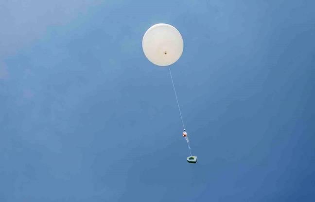 Ce ballon sonde est capable d'atteindre 30 km d'altitude.