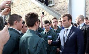 Visite d'Emmanuel Macron à l'Ecole d'Application aux métiers des Travaux Publics d'Egletons.
