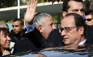 Le président français Francois Hollande à Marseille le 8 octobre 2015