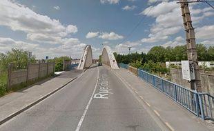 Le pont de l'abbaye, à Marquette-lez-Lille.