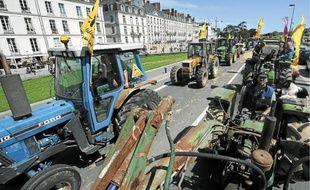 Les agriculteurs ont paralysé une partie  du centre-ville jeudi après-midi.