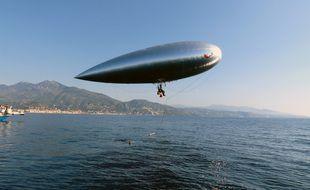L'aérosail de Stéphane Rousson est un voilier des airs, qui ne se déplace que grâce au vent